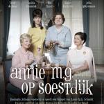 Annie M.G. Schmidt met Vrouwen om Dr. Deninga op Soestdijk