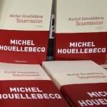 Speelt Michel Houellebecq met Soumission Marine Le Pen in de kaart?