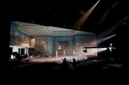Hamlet, National Theatre decor